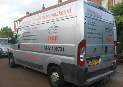 Busbelettering DRF fietsservice Wageningen